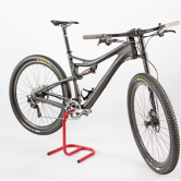 cykelholder-scorpion/2-til-krankboks-høj-rød